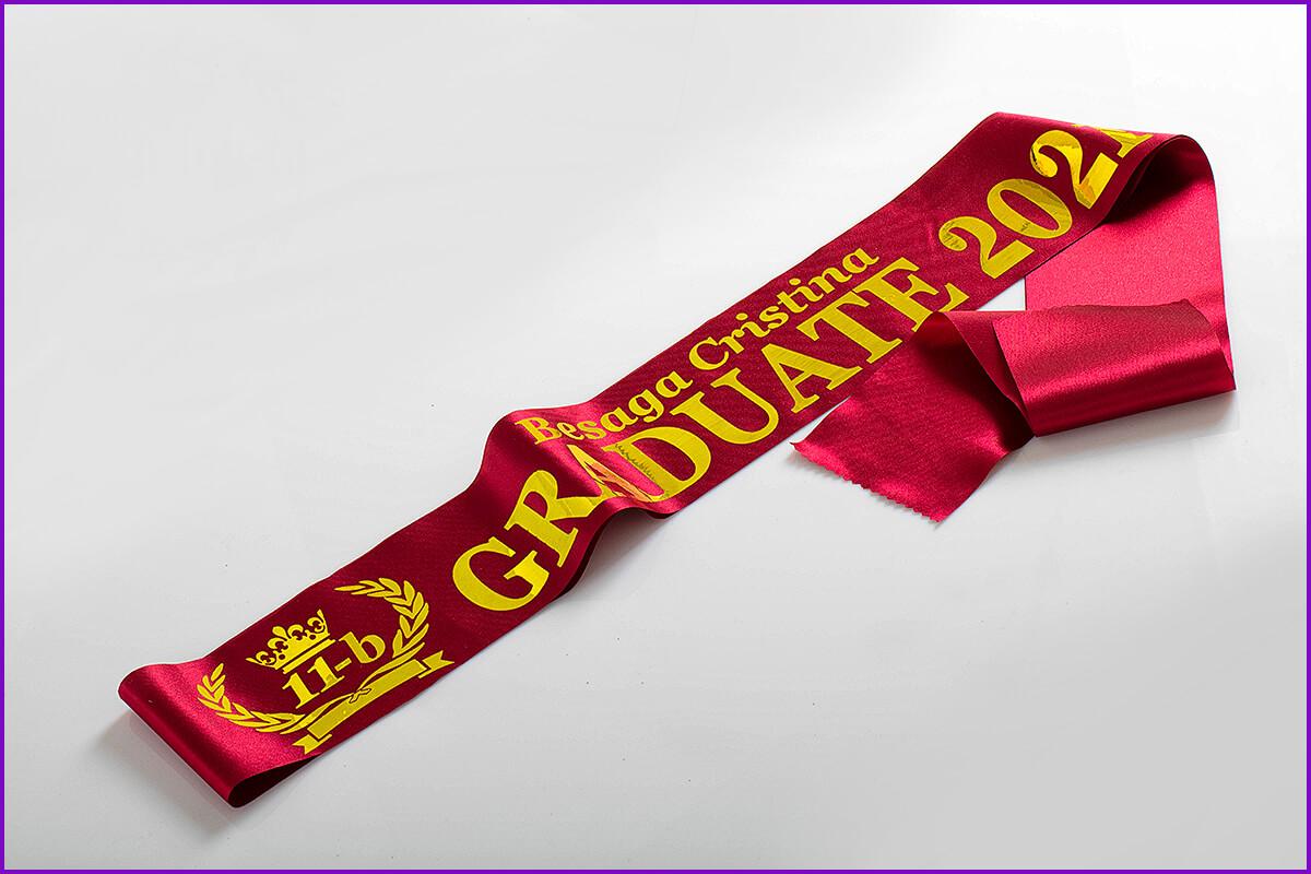 Бордовые именные золотом ленты graduate